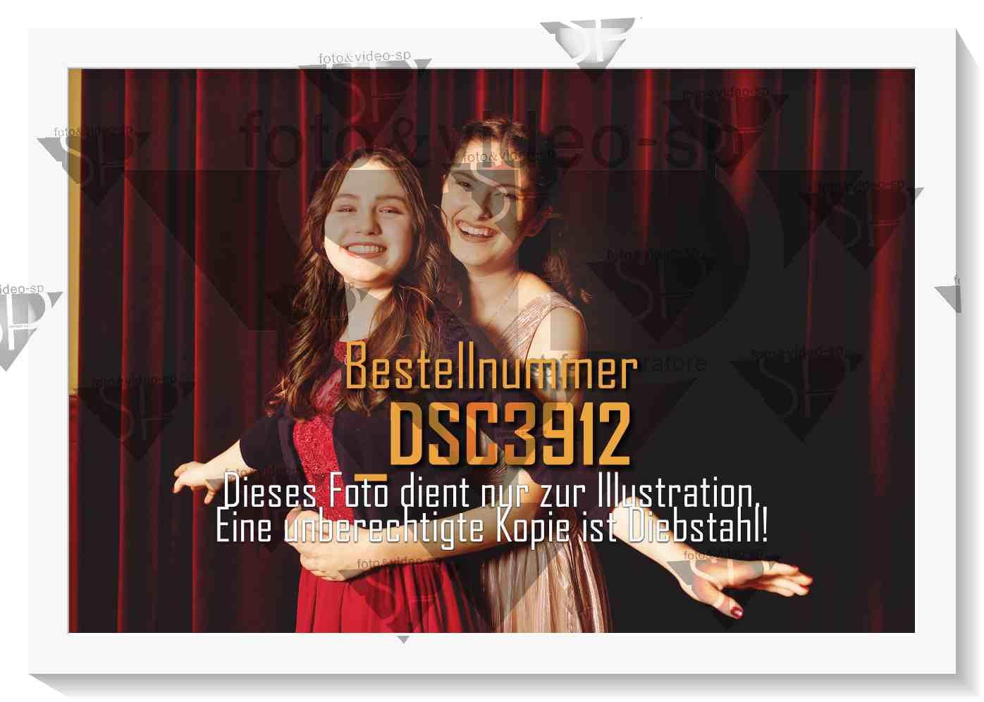 DSC3912